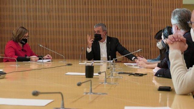 El primer teniente de alcalde de Barcelona, Jaume Collboni, se reúne con representantes de Comertia, Barcelona Oberta y la Associació de Comerciants de Centres Comercials