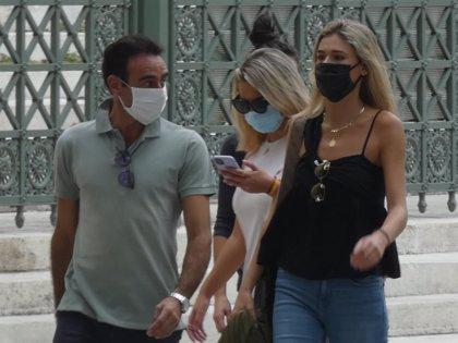 Enrique Ponce y Ana Soria ¡se comen a besos!