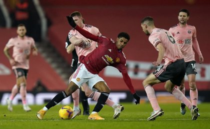 El United cae en casa contra el colista y deja escapar el liderato
