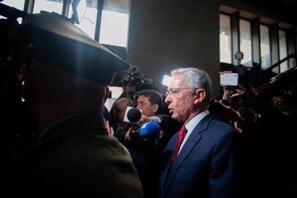 Desestiman los intentos de Uribe por perder su calidad de imputado en el caso de manipulación de testigos