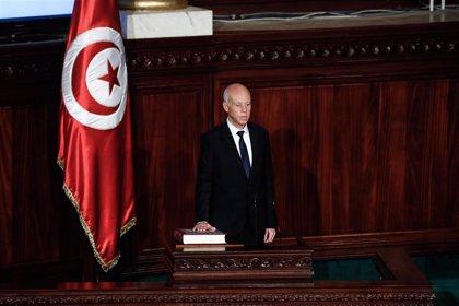Túnez investiga un paquete con una sustancia sospechosa enviado al presidente del país