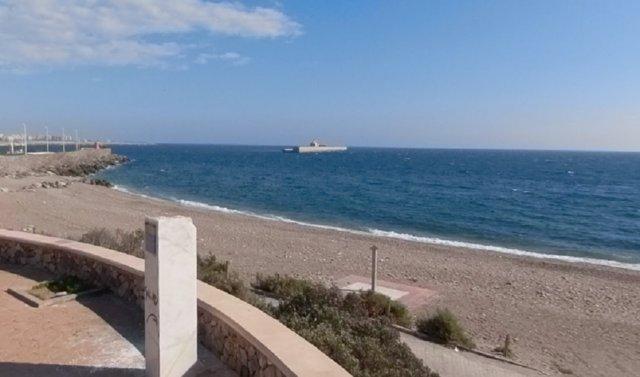 Playa de las Olas de Almería