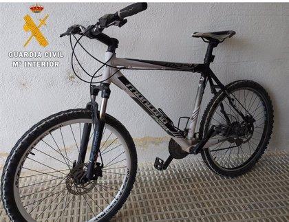 Detenido en Viana por el robo de tres bicicletas y un reloj