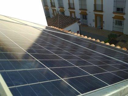 El autoconsumo crece un 30% en España en 2020, con la instalación de 596 MW, a pesar del Covid-19