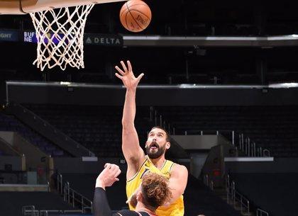Marc Gasol cae 'in extremis' ante los 76ers y Ricky Rubio cede ante los Warriors