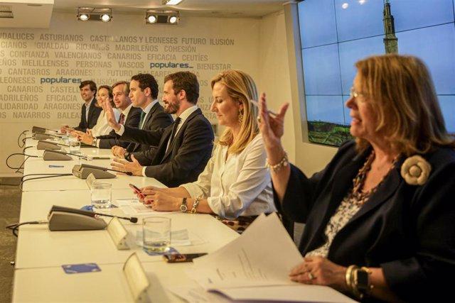 El secretario general del Partido Popular, Teodoro García Egea, el presidente nacional del Partido Popular, Pablo Casado, y las vicesecretarias Ana Beltrán y Elvira Rodríguez en el Comité Ejecutivo del PP. En Madrid, a 15 de julio de 2020.