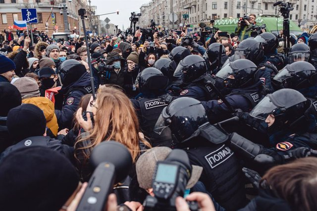 Police detain protesters gathered at Pushkin Square on January 23, 2021 in Moscow, Russia.