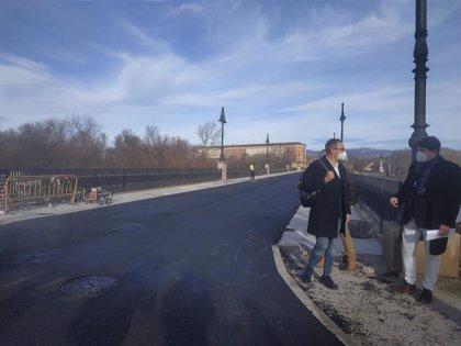 """El Ayuntamiento afirma que las obras del puente de Piedra """"van en plazo"""" y podrán terminar """"en el mes de marzo"""""""