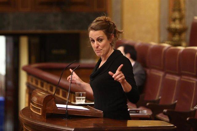 La diputada de la CUP en el Congreso Mireia Vehí, interviene durante una sesión plenaria en la Cámara Baja, en Madrid (España), a 30 de noviembre de 2020.