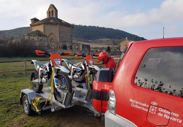 Patrulla medioambiental de Policía Foral en el Camino de Santiago