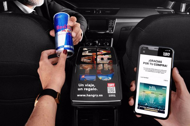 La startup Hangry permitirá a usuarios de Cabify, Uber y taxi adquirir snacks, chocolatinas, productos de parafarmacia, electrónicos y de cuidado personal durante su viaje.