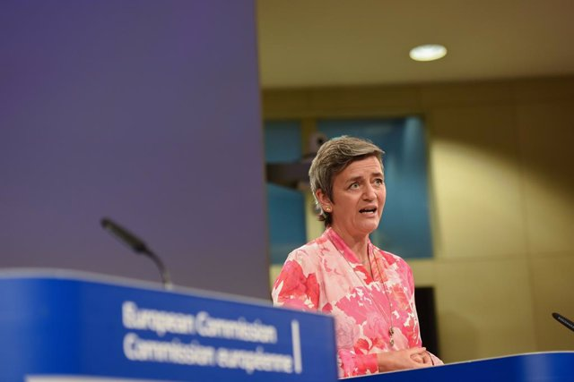 HANDOUT - 16 July 2020, Belgium, Brussels: EU Commissioner for Competition Margrethe Vestager gives a press conference at the European Commission headquarters. The European Commission is to investigate potential competition concerns related to the rapidly