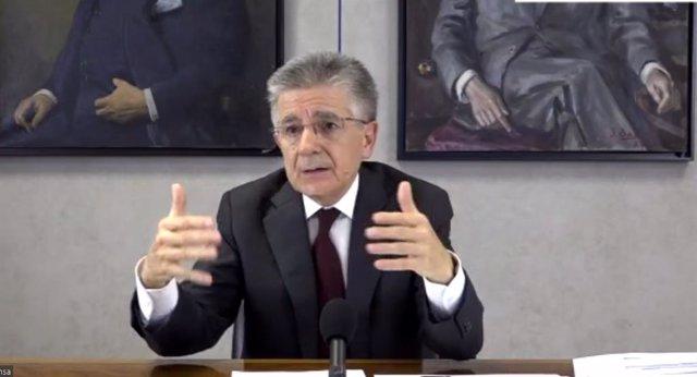 El president i conseller delegat d'Ercros, Antonio Zabalza, durant la presentació del Pla.