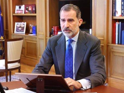 """El Rey apela a """"mirar al futuro con ambición renovada"""" y a aunar esfuerzos para salir de la crisis"""