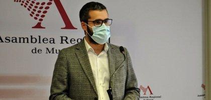 El PSRM pide la dimisión del concejal Felipe Coello por vacunarse saltándose el protocolo