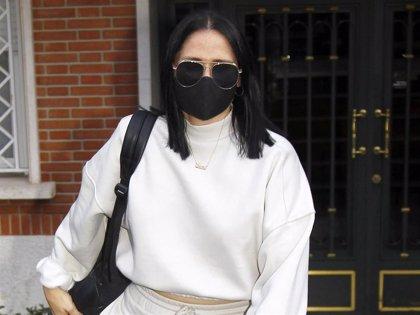 Rosa López presume de nuevo look tras su paso por la peluquería