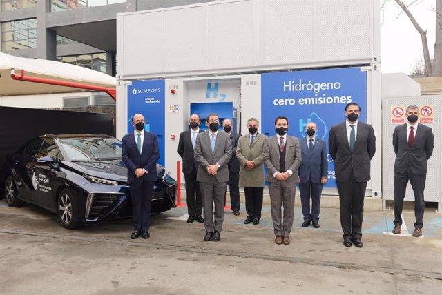 Inauguración de la primera hidrogenera en Madrid
