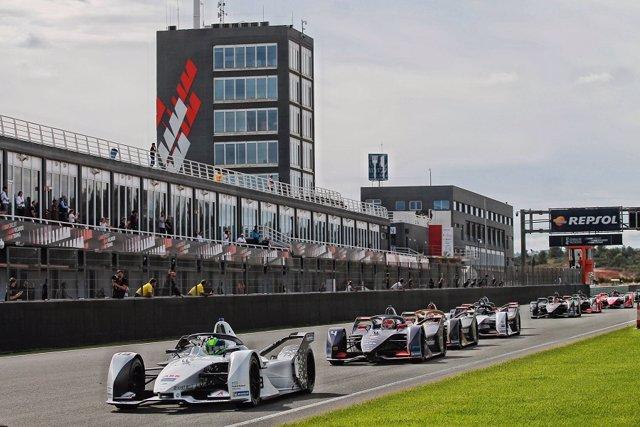 Entrenamientos de Formula E en el Circuit Ricardo Tormo de Cheste (Valencia)