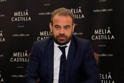 """Escarrer advierte que """"España no resistirá un segundo verano sin turismo"""""""