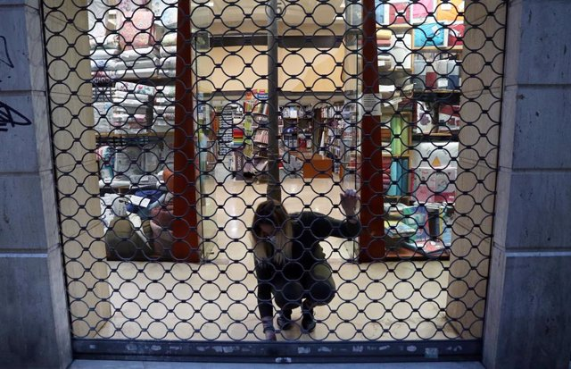 Comercio cerrando en Málaga