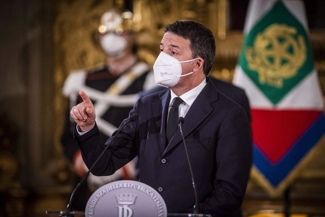 """28 January 2021, Italy, Rome: Matteo Renzi, leader of Italian party """"Italia Viva"""" attends a press conference after the consultations meeting with with Italian President Sergio Mattarella at the Quirinale Palace following the resignation of Conte's governm"""