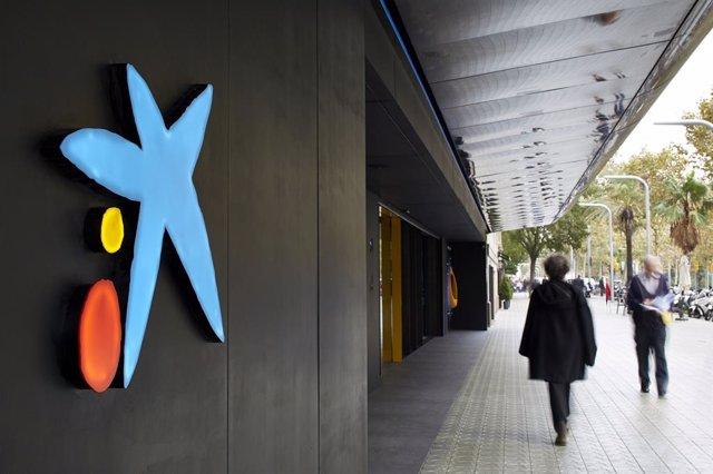 Oficina de CaixaBank (ARXIU)