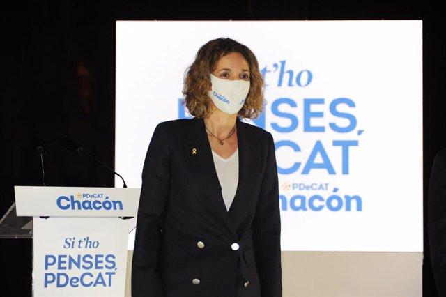 La candidata del PdeCAT a la presidència de la Generalitat, Àngels Chacón, durant l'acte d'inici de campanya del partit, al Recinte Modernista Sant Pau de Barcelona. Catalunya (Espanya), 28 de gener del 2021.