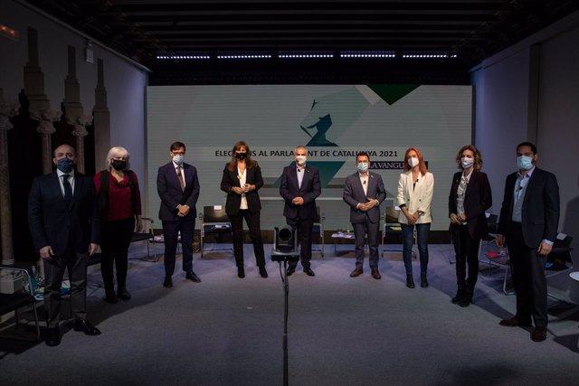 Els candidats a les eleccions catalanes del 14 de febrer en el debat que ha organitzat 'La Vanguardia'.