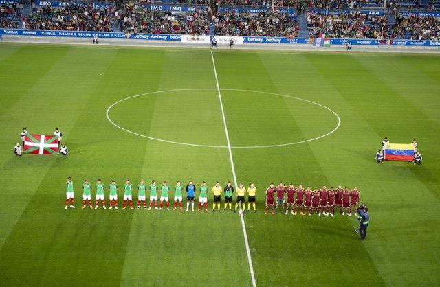 Partido entre las selecciones de Euskadi y Venezuela en Mendizorroza