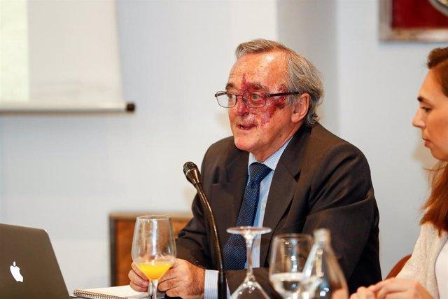 El jefe del Grupo AXA- CNIO de Oncología Experimental de la FSP CNIO adscrita al Instituto de Salud Carlos III, Mariano Barbacid, durante la presentación de los prometedores resultados de una investigación contra el cáncer de páncreas, publicado recientem