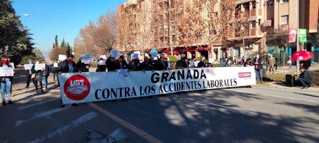 Concentración por la muerte de un trabajador en Torvizcón (Granada)