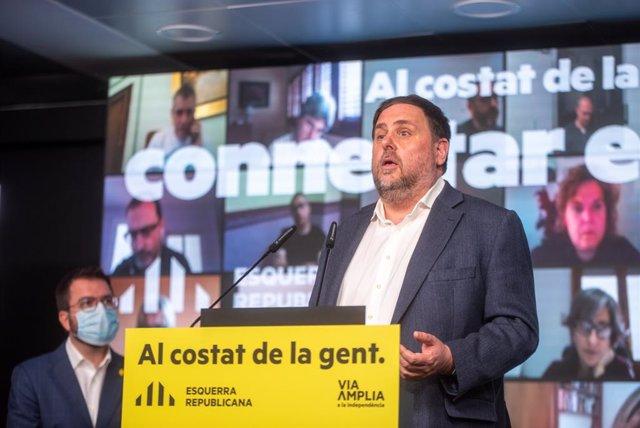 El líder d'ERC, Oriol Junqueras, al costat del vicepresident de la Generalitat i candidat republicà a la Presidència, Pere Aragonès, en un acte telemàtic de campanya.