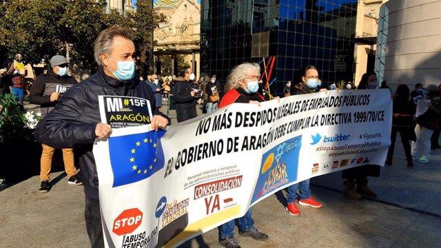 Zaragoza y Huesca se suman este domingo a las caravanas de coches contra la precariedad laboral en el sector público.