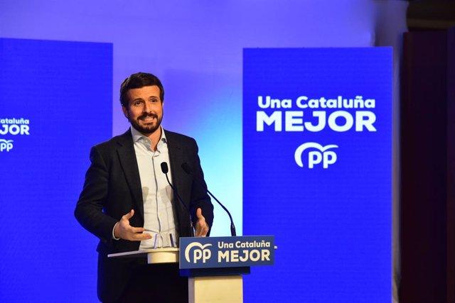 El líder del PP, Pablo Casado interviene durante el inicio de la campaña electoral para los comicios del 14 de febrero, en el Hotel Grand Marina, en Barcelona, Catalunya (España), a 28 de enero de 2021. La campaña del PPC, que se centra en Alejandro Ferná