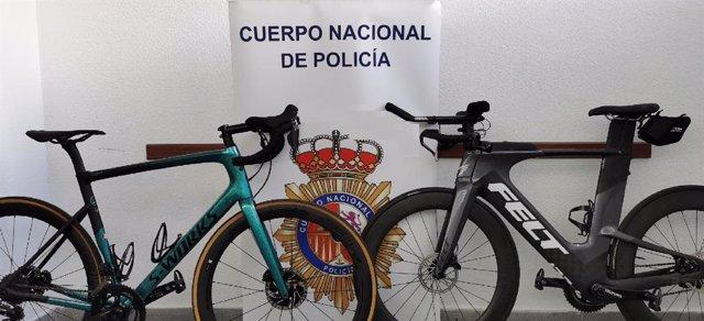 Dos bicicletas profesionales recuperadas por la Policía Nacional