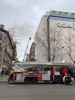 Se declara un incendio en el Corte Inglés de la calle Serrano de la capital