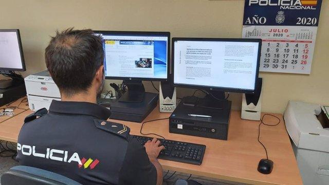 Agente de la Policía Nacional, en una imagen de recurso