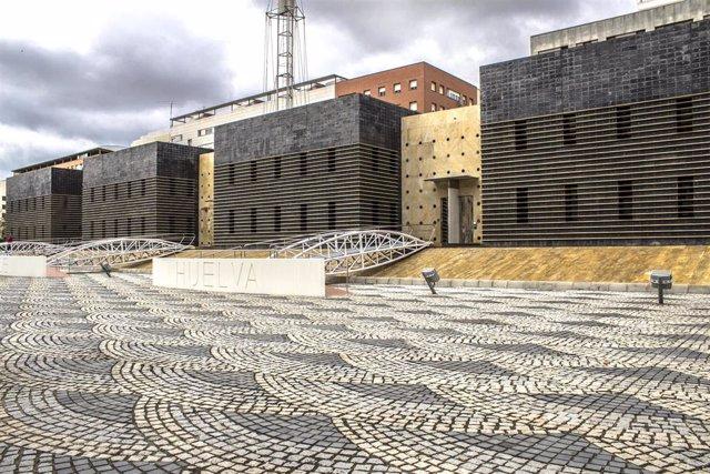 Fachada de la sede de la Empresa Municipal Aguas de Huelva.