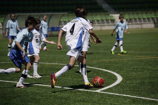 II Edición de la Diabetes Junior Cup. Fútbol. Niños jugando al fútbol. Deporte