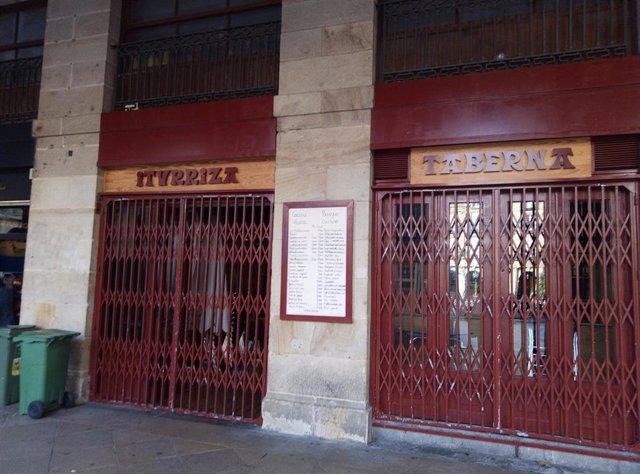 Bar de Bilbao cerrado por la pandemia
