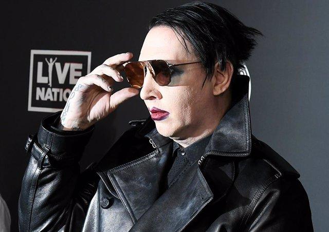 Marilyn Manson se queda sin discográfica y es eliminado de American Gods y Creepshow