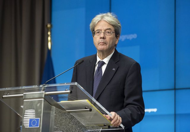 HANDOUT - 30 November 2020, Belgium, Brussels: European Commissioner for Economy Paolo Gentiloni speaks during an online news conference following an Eurogroup video conference meeting at the European Council headquarters. Photo: Zucchi Enzo/European Coun