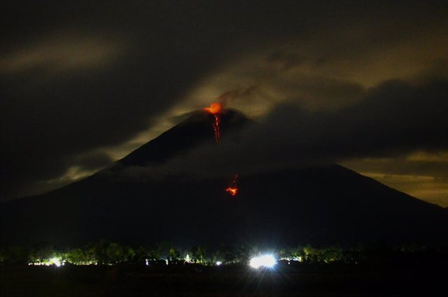 El volcán Semeru, en Indonesia.