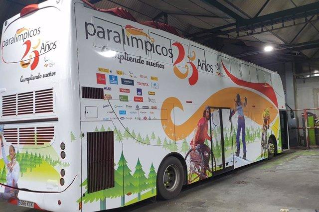 El 'Bus Paralímpicos 25 Años' circulará por las calles de la Comunidad de Madrid para celebrar el cuarto de siglo del Comité Paralímpico Español (CPE)