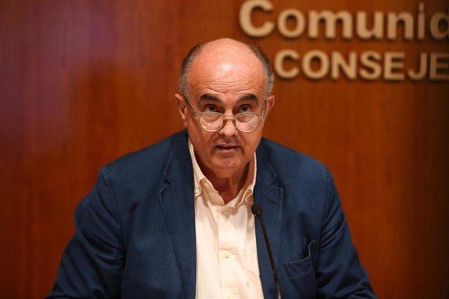 El viceconsejero de Salud Pública y Plan COVID-19 de la Comunidad de Madrid, Antonio Zapatero durante una rueda de prensa convocada ante los medios para actualizar la información sobre la situación epidemiológica y asistencial en la región por coronavirus