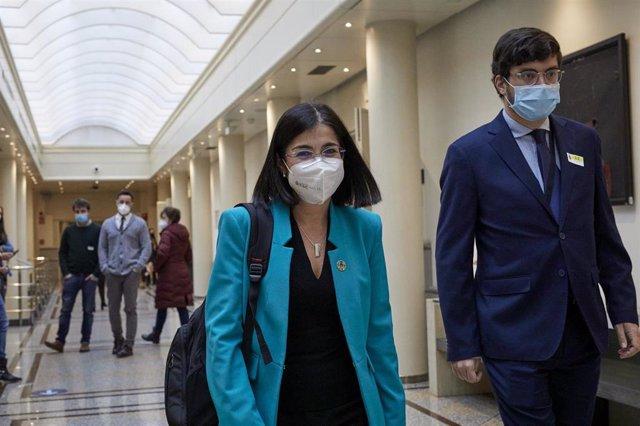 La ministra de Sanidad, Carolina Darias a su llegada a una sesión de control al Gobierno en el Senado, en Madrid (España), a 2 de febrero de 2021.