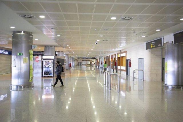 Aeroport de Menorca.