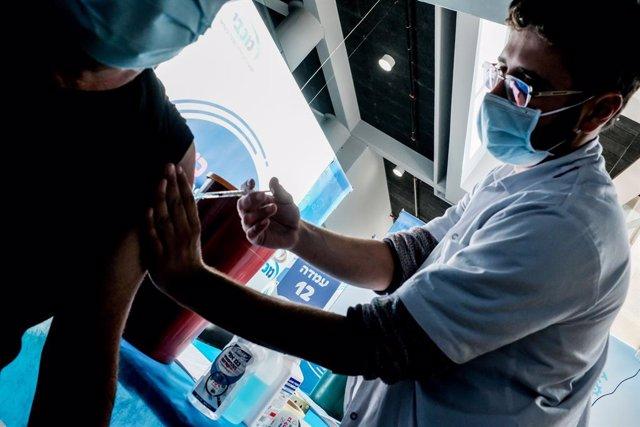 Vacunación contra el coronavirus en Israel