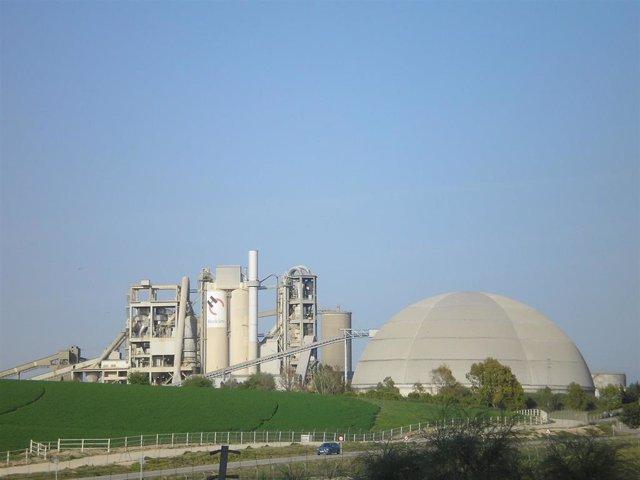 La fábrica Holcim de Jerez
