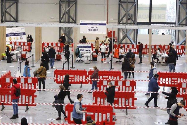 Dispositivo de cribado masivo en el Instituto Ferial de Vigo, en Vigo.